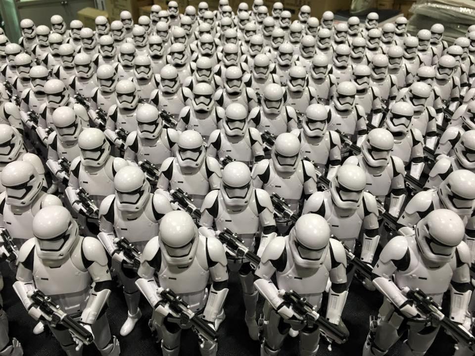 star-wars-celebration-europe-2016-stormtrooper