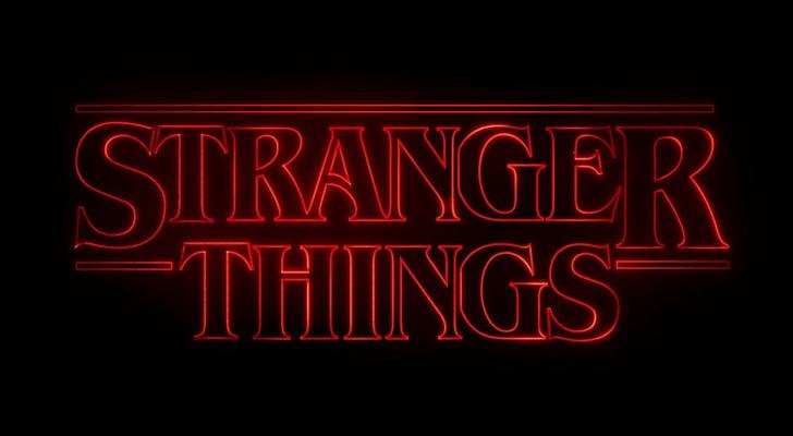 stranger-things-logo-serie-television-demogorgon-hawkins-once-ciencia-ficcion-anos-80-la-nueva-galaxia